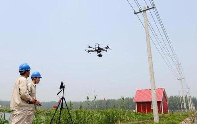 Thiết bị bay rải dây mồi trong lĩnh vực xây dựng điện