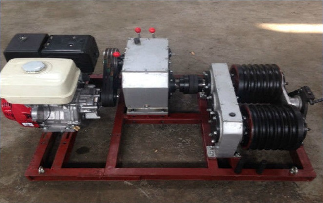 https://vhcorp.com.vn/upload/images/KORT/pl14645757-5_ton_electric_cable_pulling_winch_double_capstan_winch_with_honda_gx390_gasoline_engine.jpg